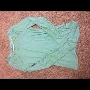 Maurices small womens foam green long sleeve shirt
